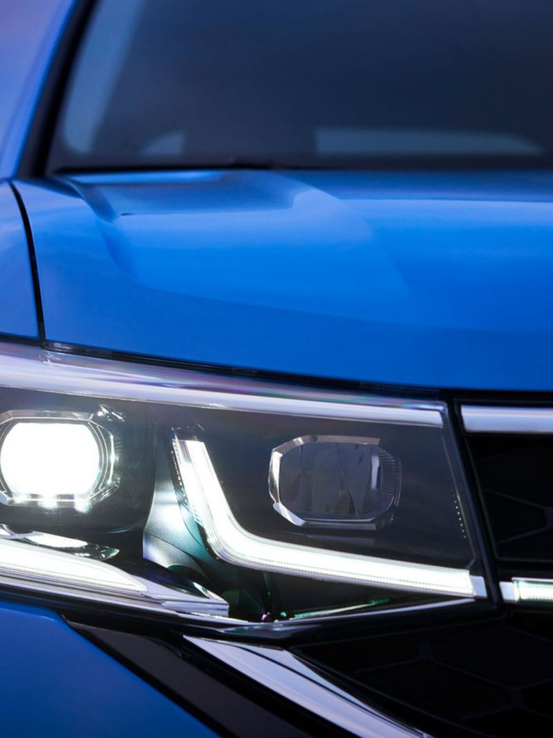 2021 VW Taos Front Lights