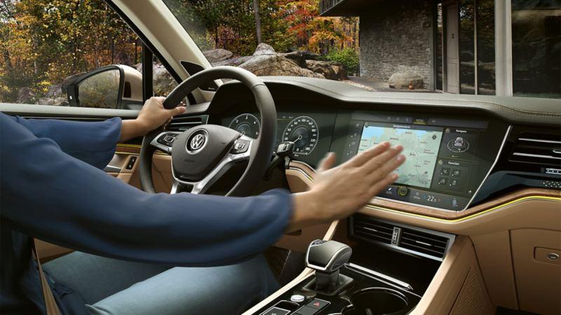 Volkswagen Gesture Control