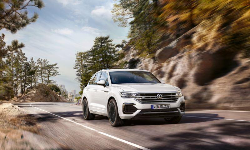 폭스바겐 럭셔리 플래그십 SUV 투아렉, 2월 한달 간 125대 판매, 럭셔리 SUV 시장 성공적 진입