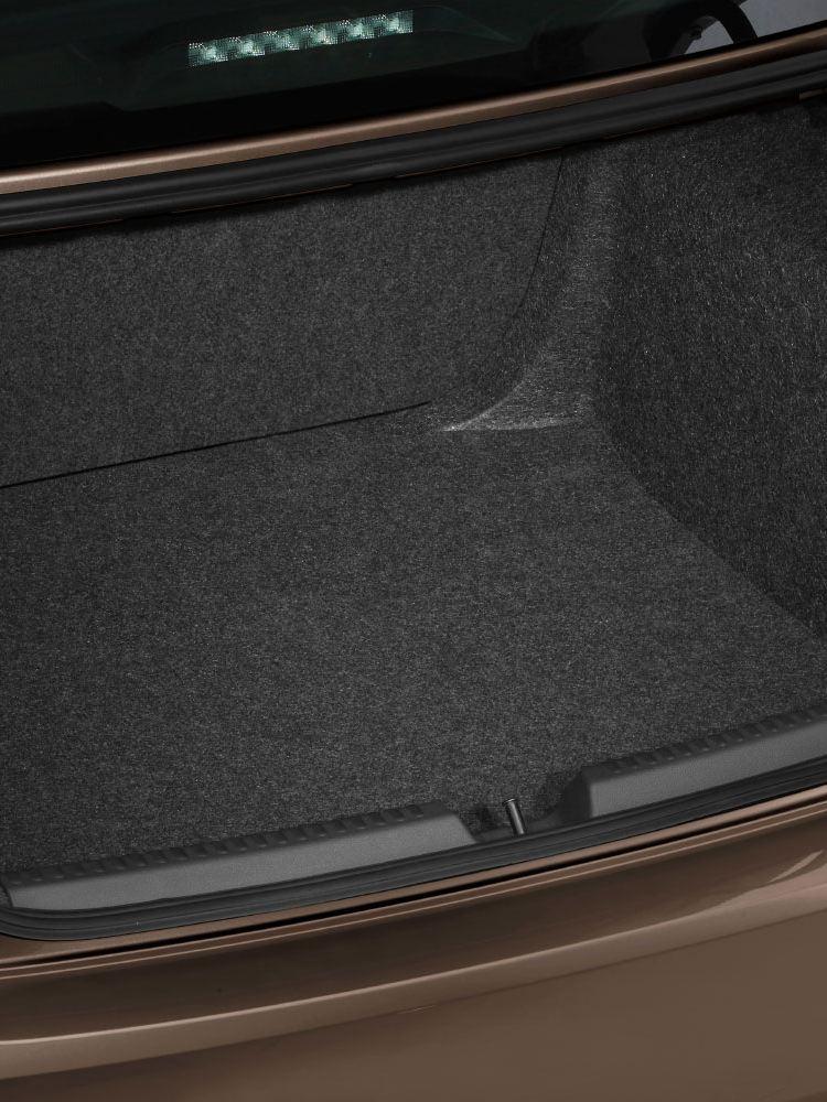 polo sedan boot space