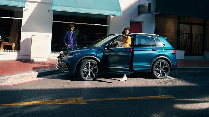 Volkswagen customer with new Tiguan
