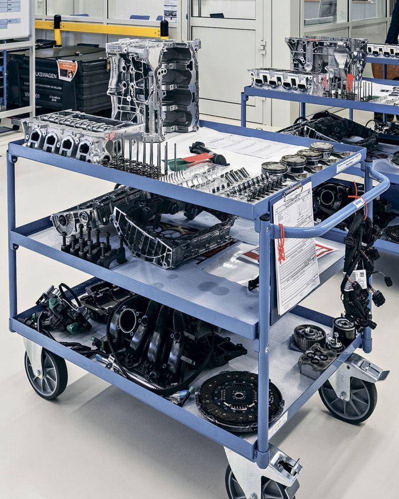 Сборочный конвейер двигателей сделать элеватор