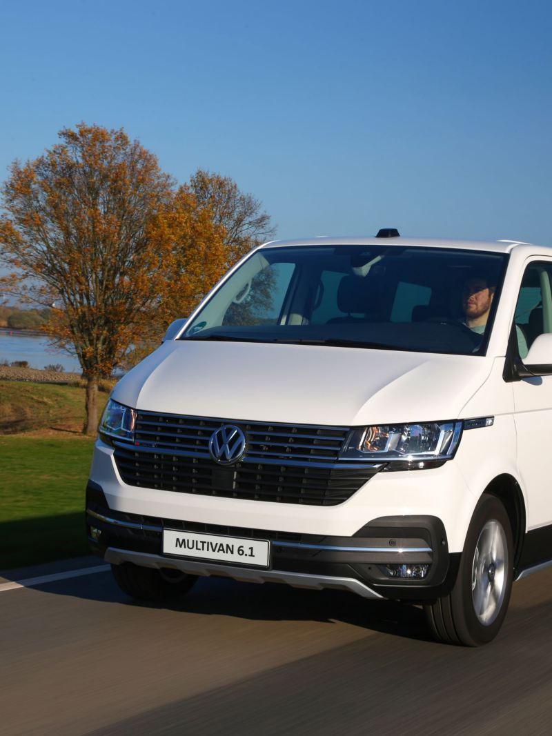 Volkswagen Multivan 6.1 na drodze
