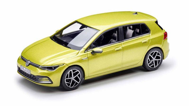 Modellino originale Volkswagen di Golf 8 in scala 1:43.