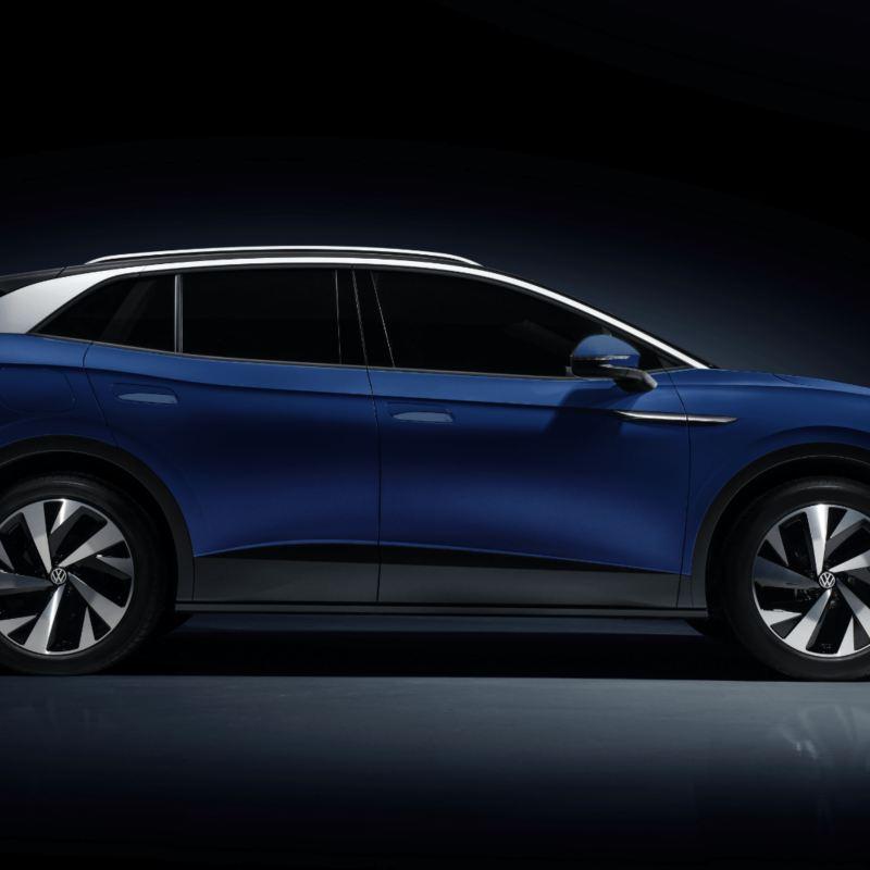 Volkswagen ID.4 Dusk Blue Metallic  - A look from the side