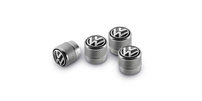 Dettaglio del set di copri-valvole originali Volkswagen. Disponibili in alluminio e in Gomma/Metallo.
