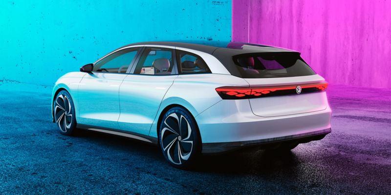 O Volkswagen ID. SPACE VIZZION visto de traseira