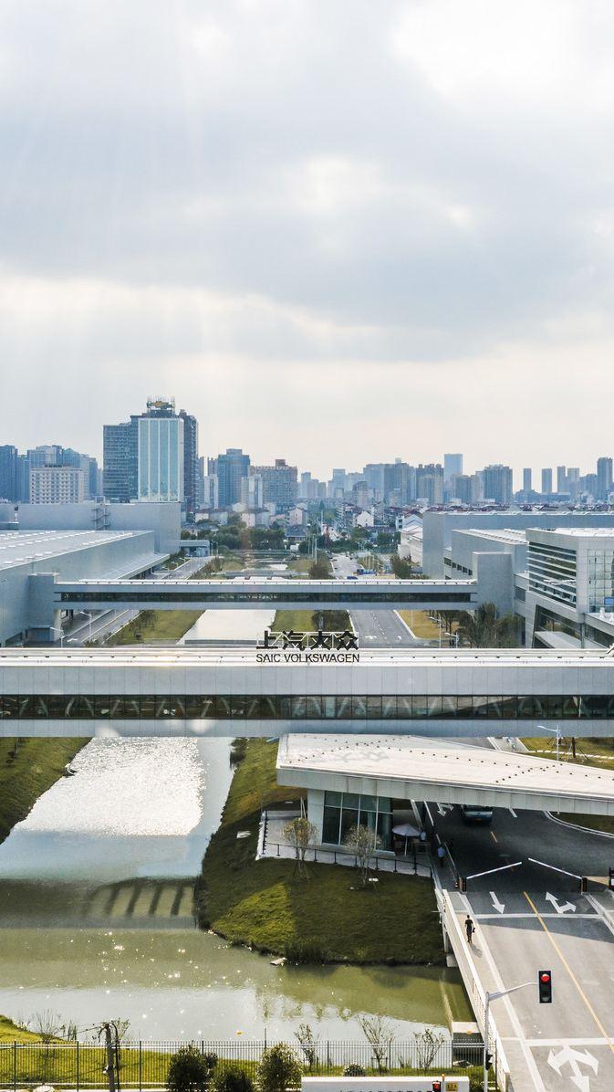 W zakładach Foshan i Anting w Chinach koncern Volkswagen rozpoczyna przyjazną środowisku produkcję samochodów na platformie MEB
