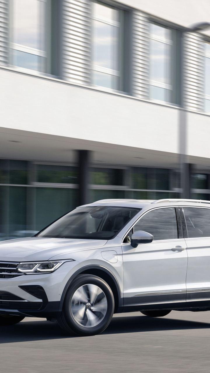 Nowy Tiguan eHybrid debiutuje w ofercie Volkswagena