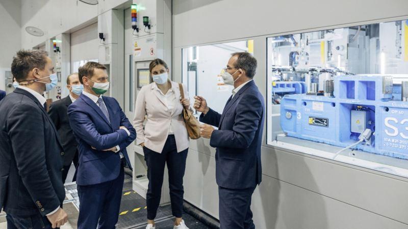 Rozbudowa tłoczni: Volkswagen zmniejszy liczbę przejazdów ciężarówek do Zwickau o aż 9.000 kursów