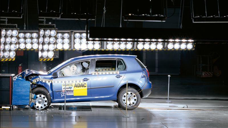 Volkswagen podczas testu zderzeniowego