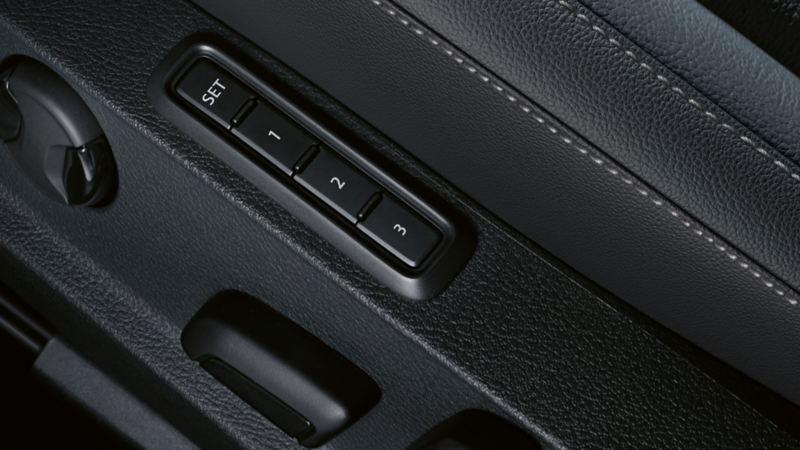 Regulacja siedzeń z funkcją pamięci ustawień w VW Golfie