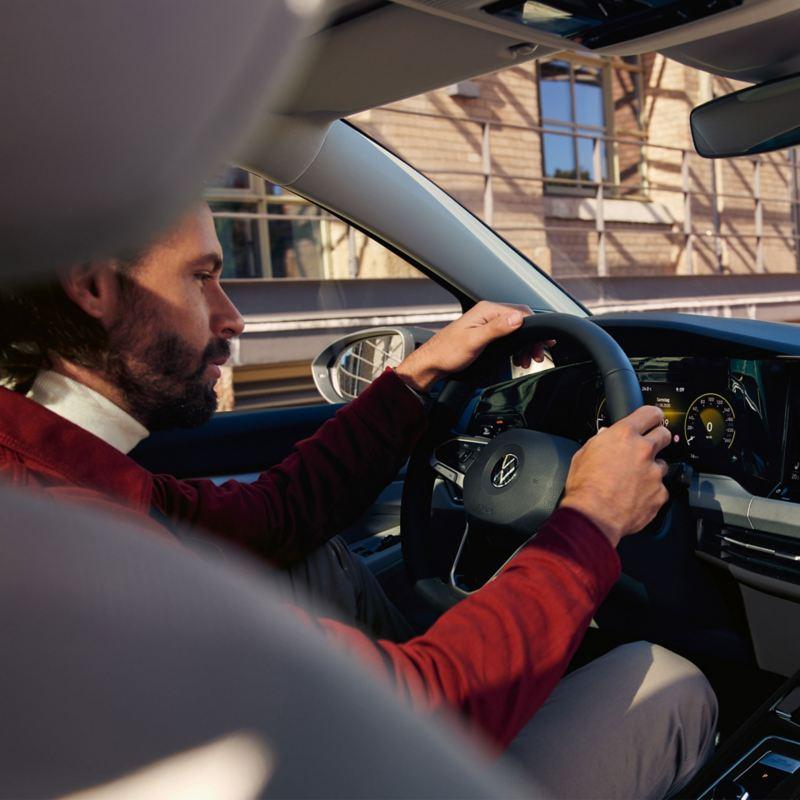 We Connect - comando vocale con l'In-Car App Amazon Alexa