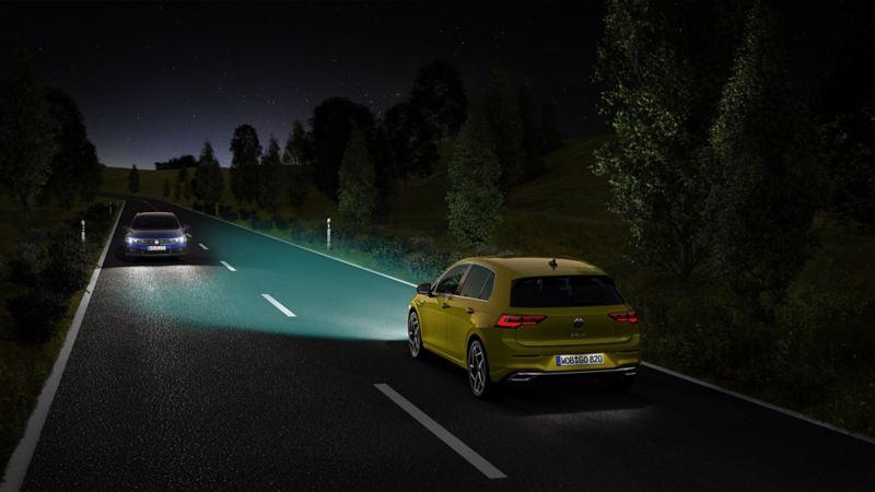 WeUpgrade permet également d'équiper ultérieurement la Golf8 avec l'aide à la conduite régulation des feux de route.