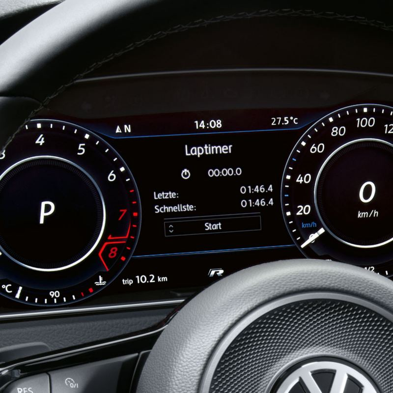 The lap timer function on the Active Info Display in the new Volkswagen Golf R