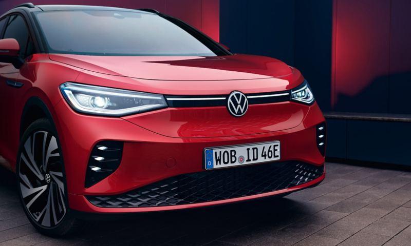 Volkswagen ID.4 GTX rojo visto desde la parte frontal