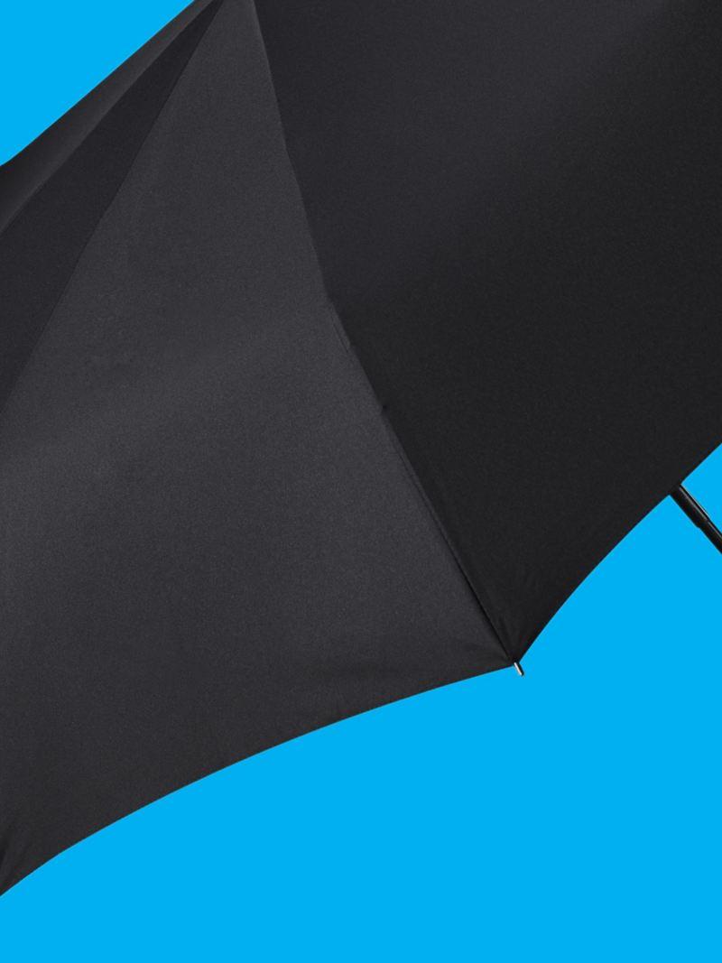 Un parapluie de la collection New Volkswagen – Accessoires Volkswagen