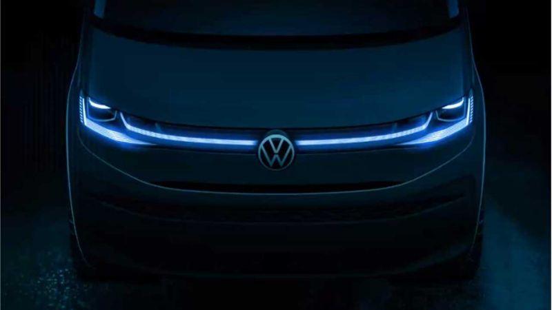 Bildet viser LED frontlys på den nye Volkswagen T7 Multivan ladbar hybrid 7 seters familiebil