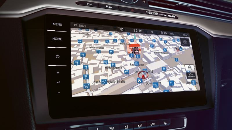 Przedstawienie systemu nawigacyjnego w komputerze pokładowym VW Passata