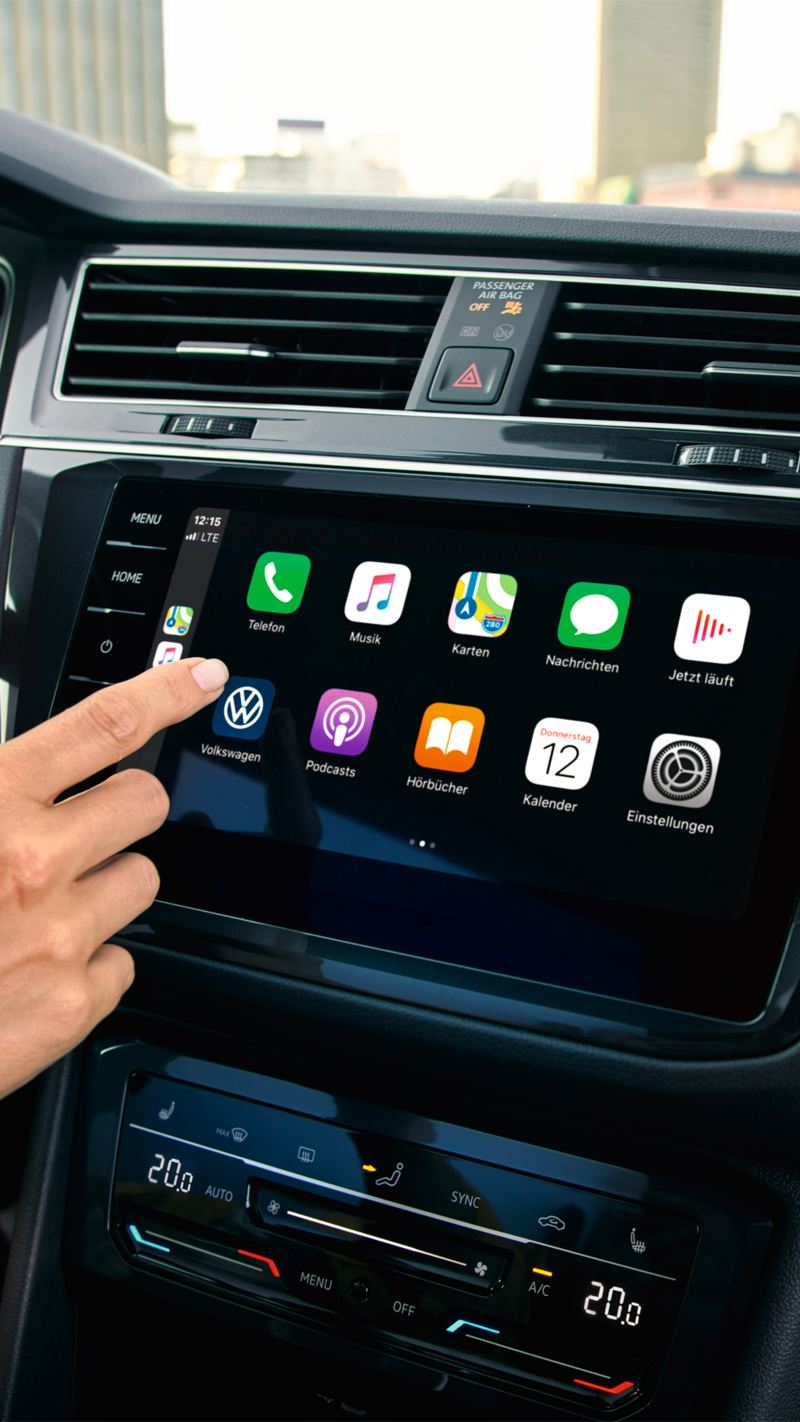 """Apple CarPlay with the Car-Net """"Discover Pro"""" navigation system."""