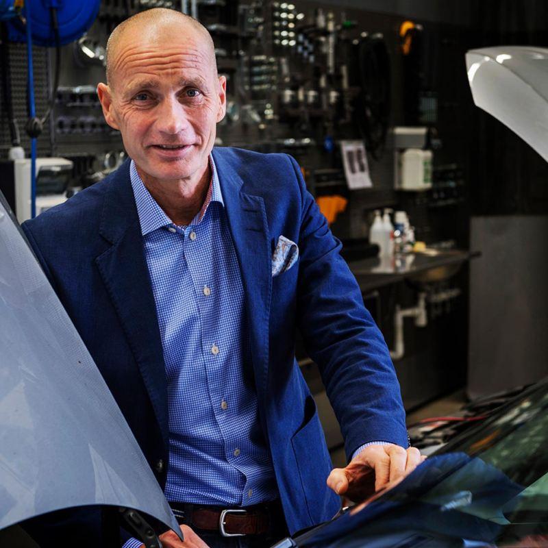 Utbildningscentrum i Södertälje  är det största inom hela VW-koncernen  och är något av Per-Arne Lunds skötebarn.