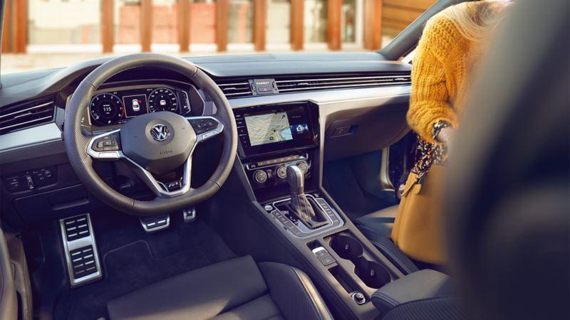Wnętrze VW Passata R-Line
