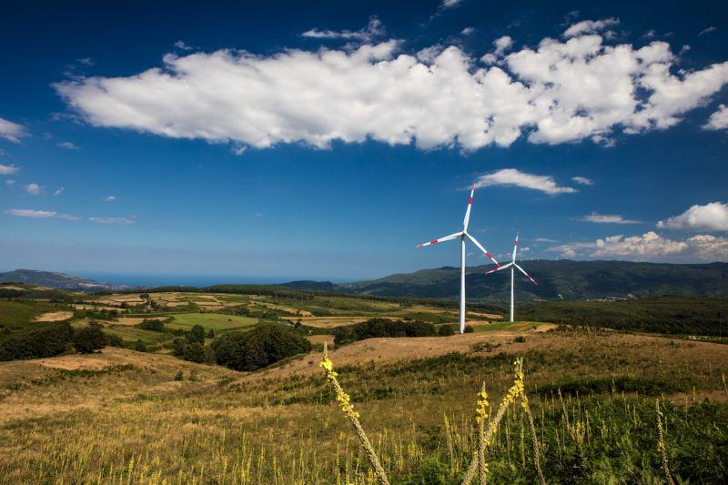 Uno degli impianti eolici di PLT puregreen, partner di Volkswagen per la fornitura di energia sostenibile.