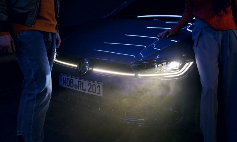 Signature lumineuse de la VW Polo: avec baguette lumineuse en option et phares à matrice LED IQ.LIGHT.