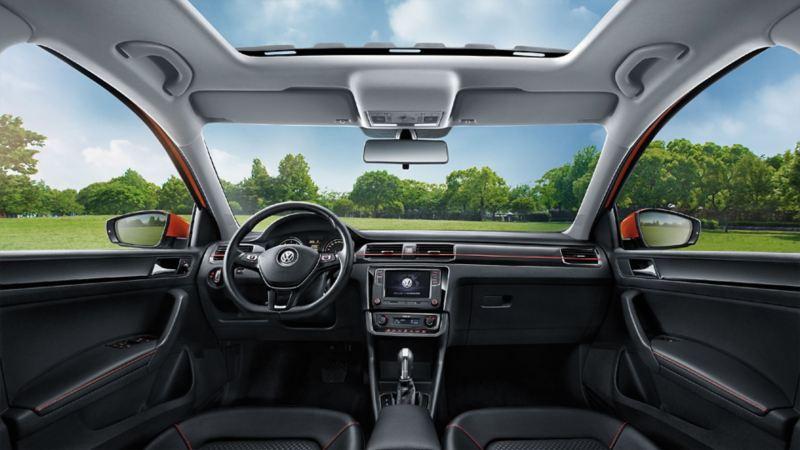 Santana GTS Interior