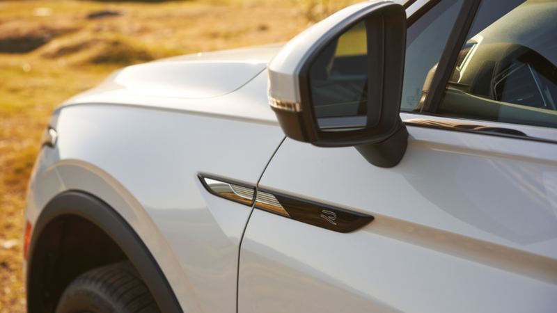 2022 VW Tiguan R-Line Exterior