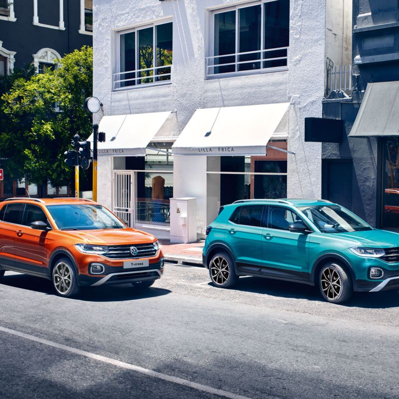 """VW T-Cross in Makena Turquoise and with """"Energetic Orange"""" design package"""