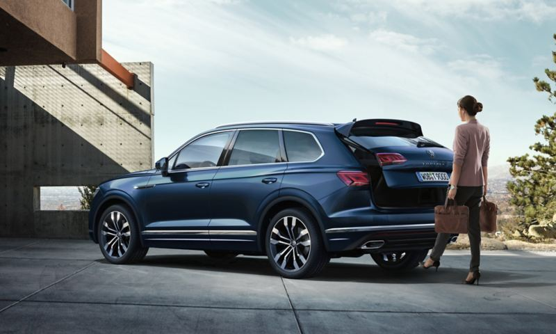 Đóng mở cốp rảnh tay Volkswagen Touareg 2020