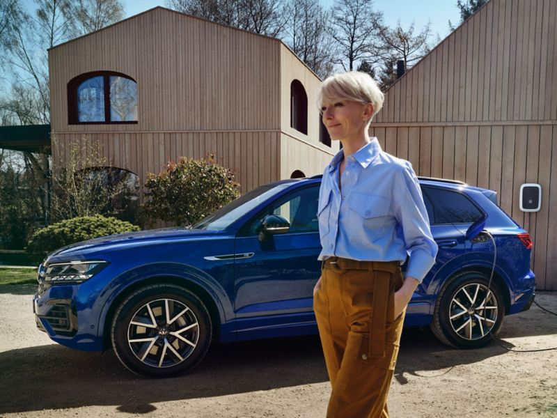 VW Touareg R eHybrid ladbar hybrid SUV