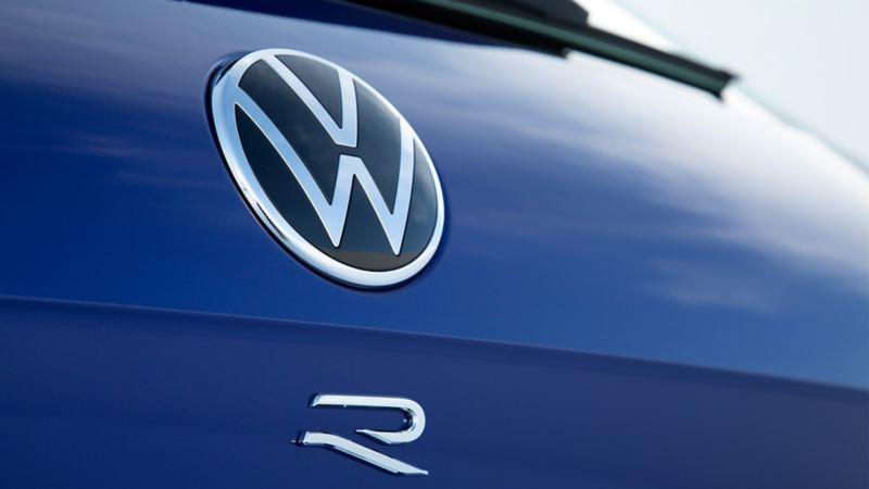 VW Touareg R Logo
