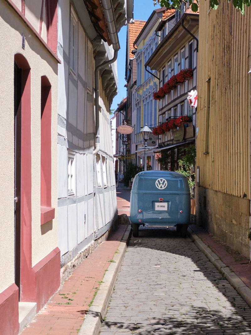 A Volkswagen Transporter Sofie vista de trás.