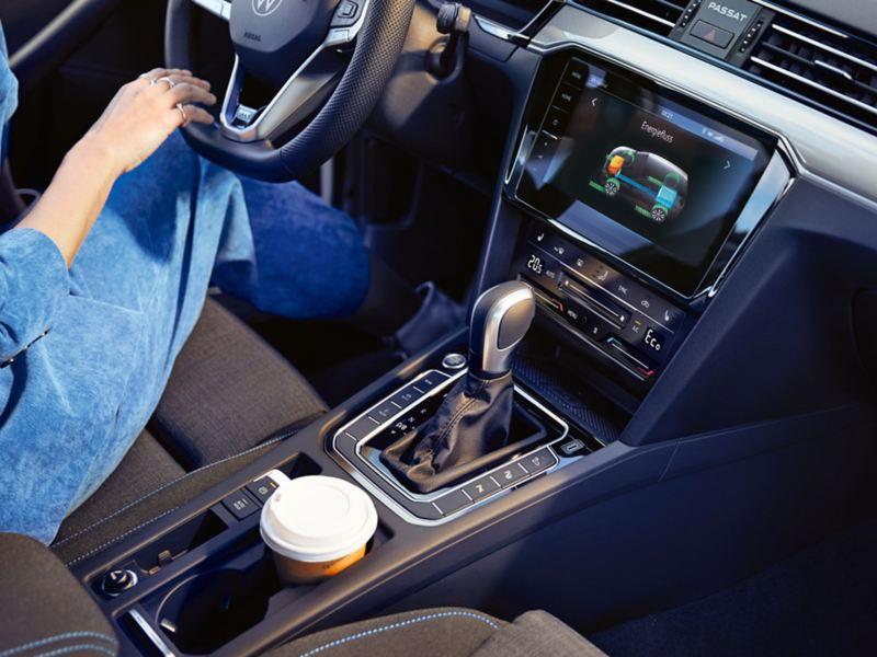digital cockpit Touareg Volkswagen