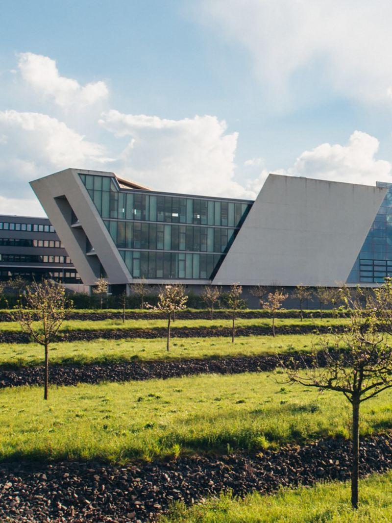Außenaufnahme des Mobile Life Campus in Wolfsburg