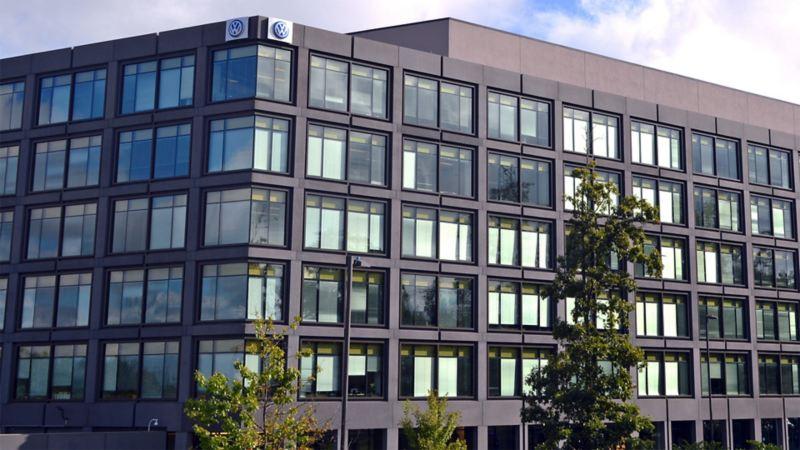 Blick auf das Firmengebäude von Volkswagen in Herndon, USA