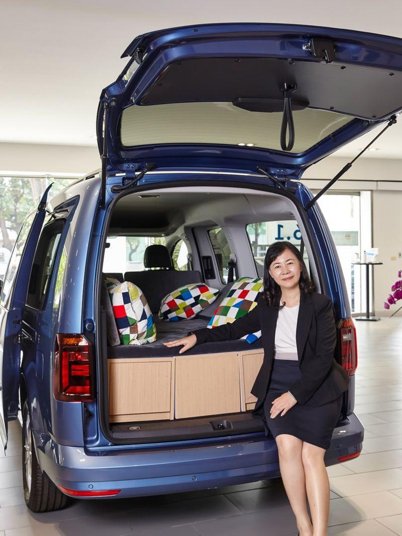 透過「情境銷售」提升客戶對福斯商旅車系的認同,是富王汽車的行銷方式之一。