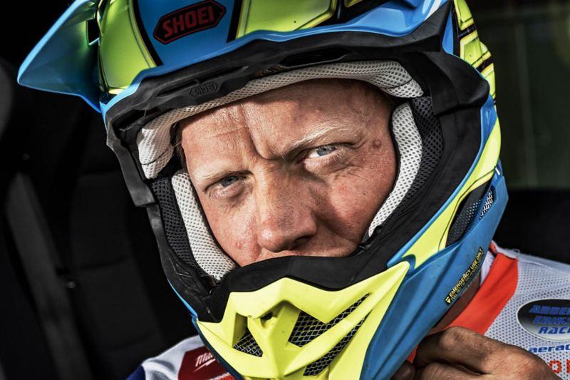 Porträtt av Anders Eriksson, sjufaldig världsmästare i enduro