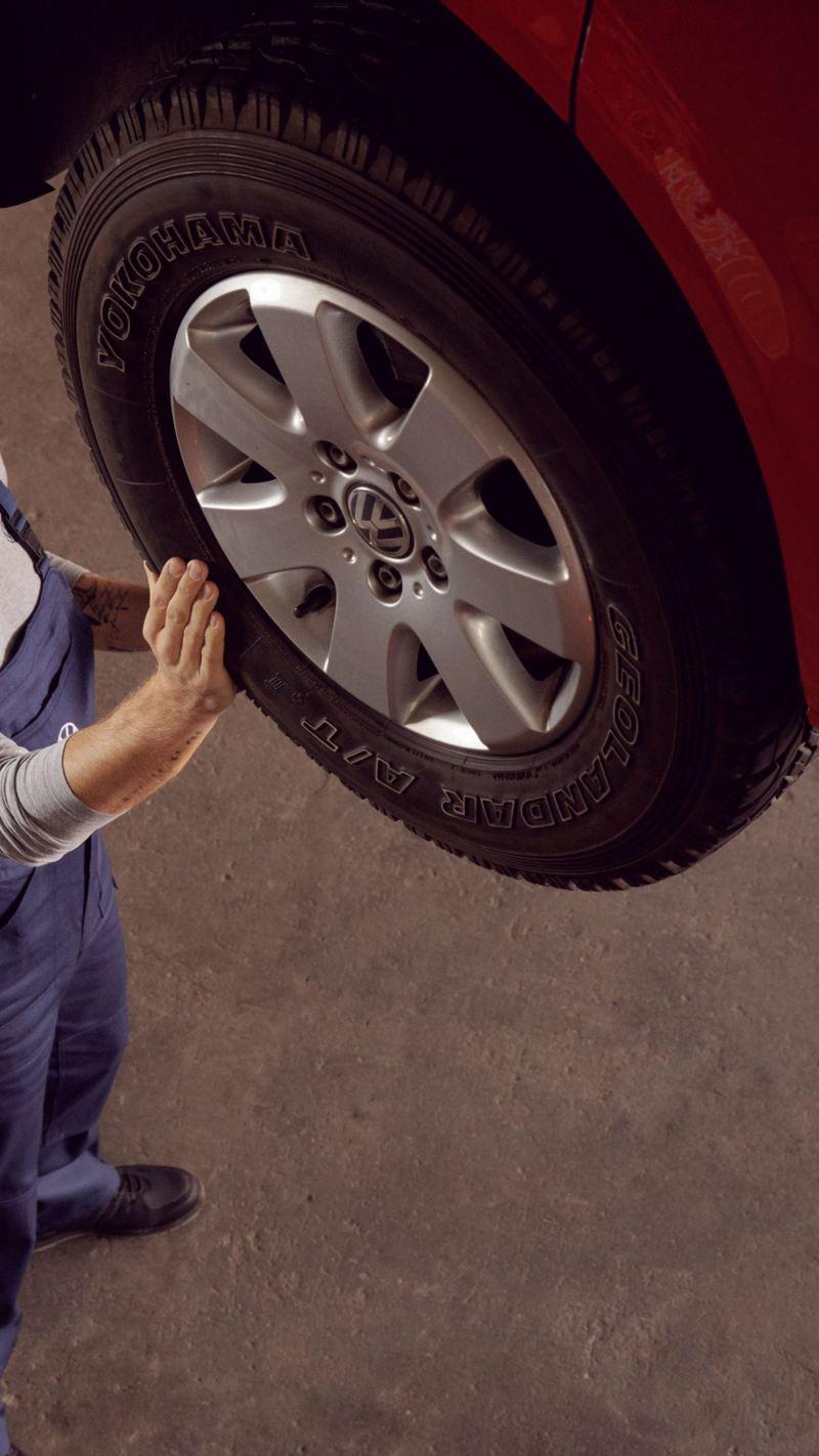 EU-kontroll merkeverksted når skal bilen på EU-kontroll vw Volkswagen varebil dekk