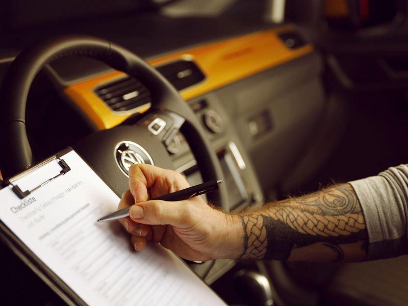 vw Volkswagen service- og vedlikeholdsavtale merkeverksted verksted service varebil