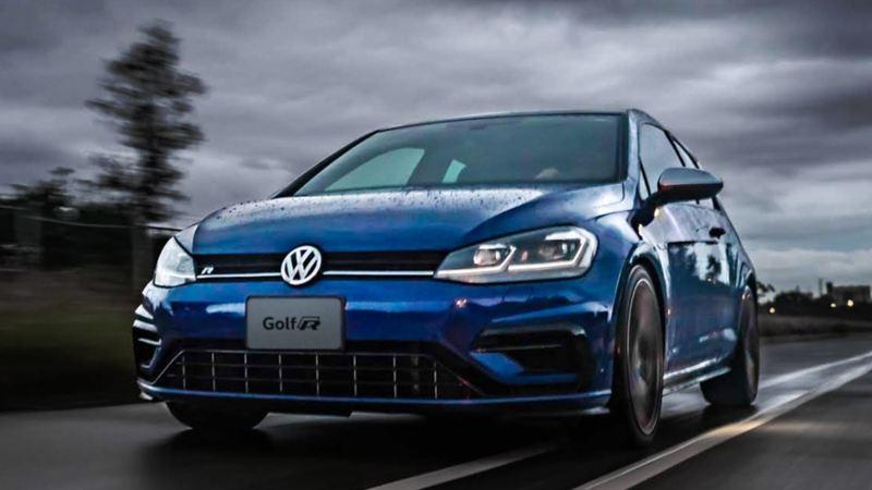Golf R1 Volkswagen - carro deportivo equipado con motor TSI