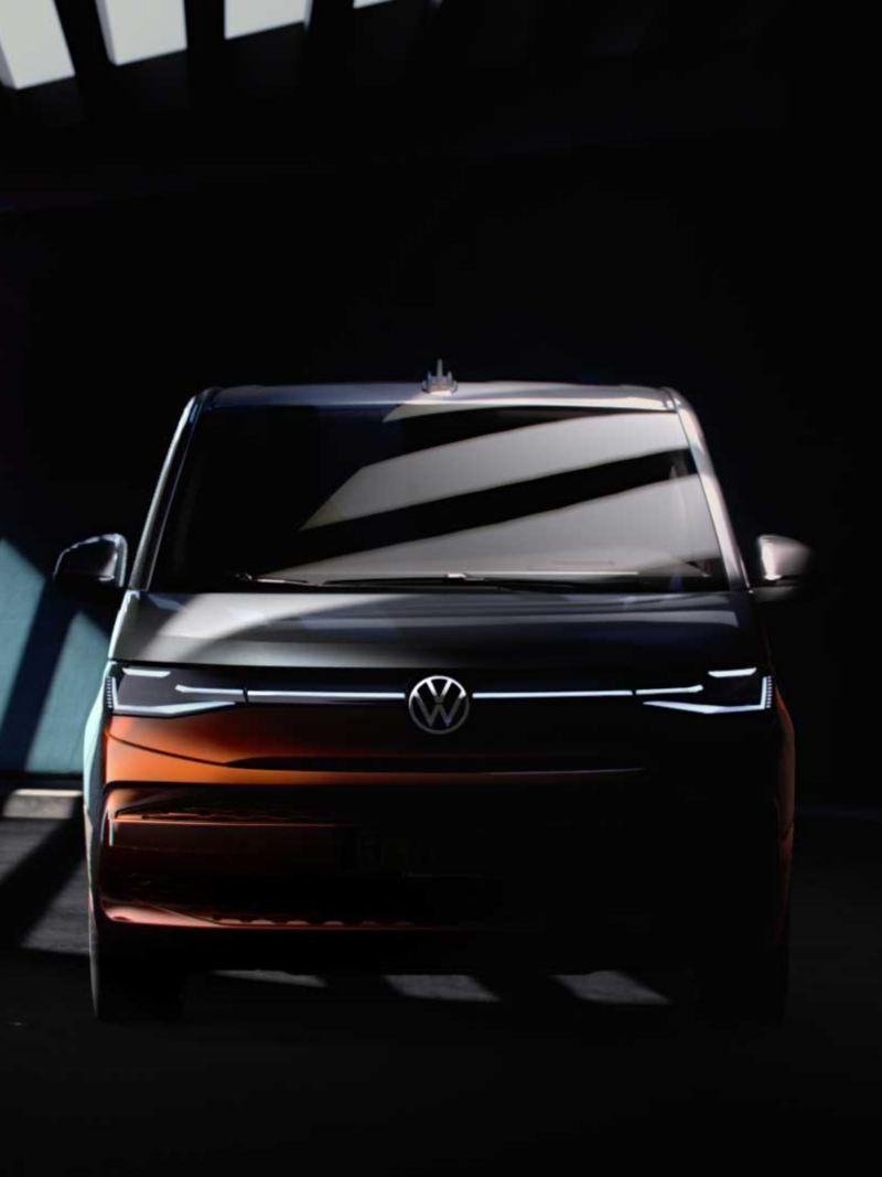 Bildet viser designskisse av den nye Volkswagen Multivan ladbar hybrid