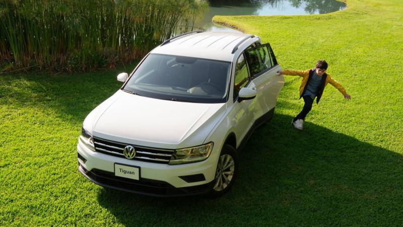 Tiguan 2020, la camioneta familiar más segura de Volkswagen en color blanco