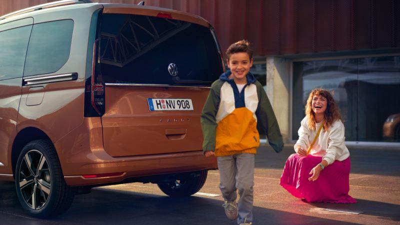 Påkostforsikring leasing billån vw Volkswagen nye Caddy personbil familie mor og sønn