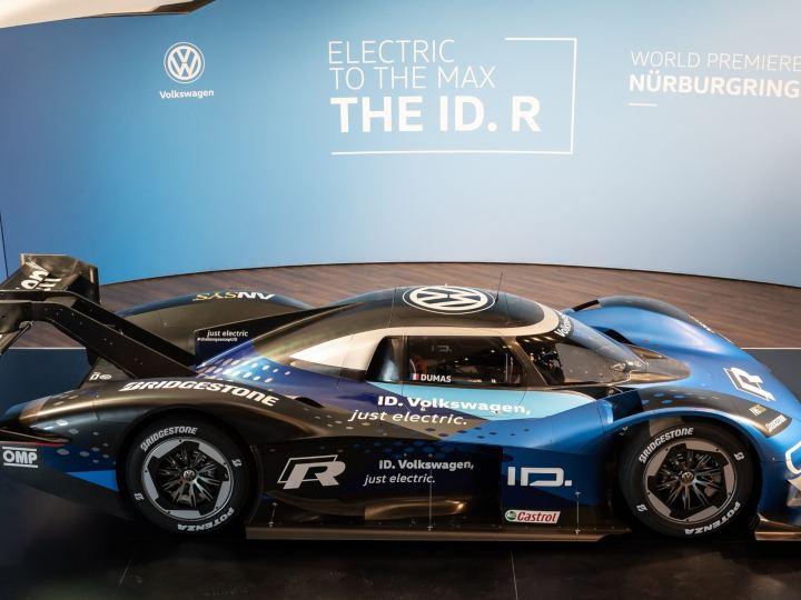 Volkswagen ID. R gotowy do nowych wyzwań