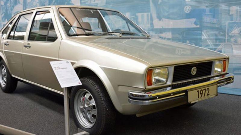 EA 272 1972, auto clásico modelo anterior a Passat de Volkswagen exhibido en Museo Volkswagen