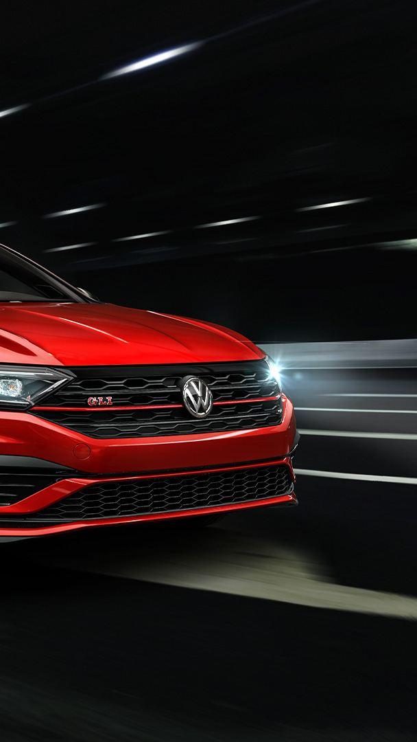 Jetta GLI Volkswagen - carro deportivo con diseño renovado y difusor con doble salida de escape
