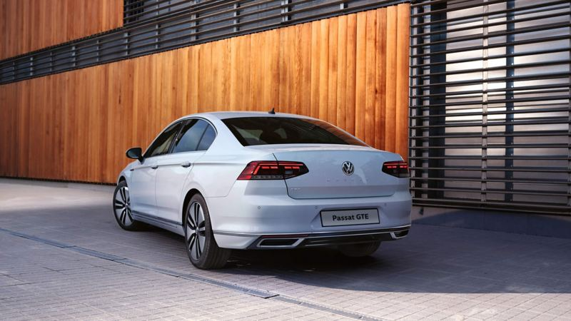 Passat GTE parked stationary outside an office